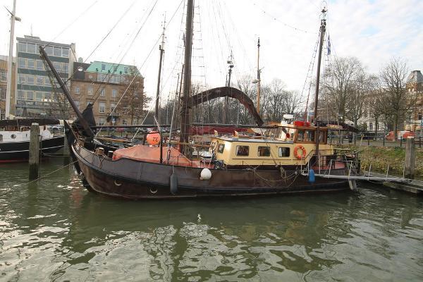 motorship sailing barge