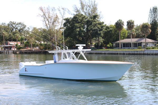 Custom Carolina Robin Smith 39 w/ Seakeeper