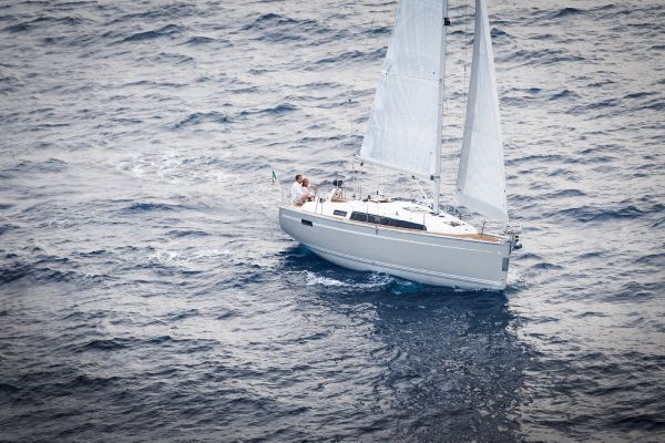 Bavaria Cruiser 33 Manufacturer Provided Image: Bavaria 33 Cruiser