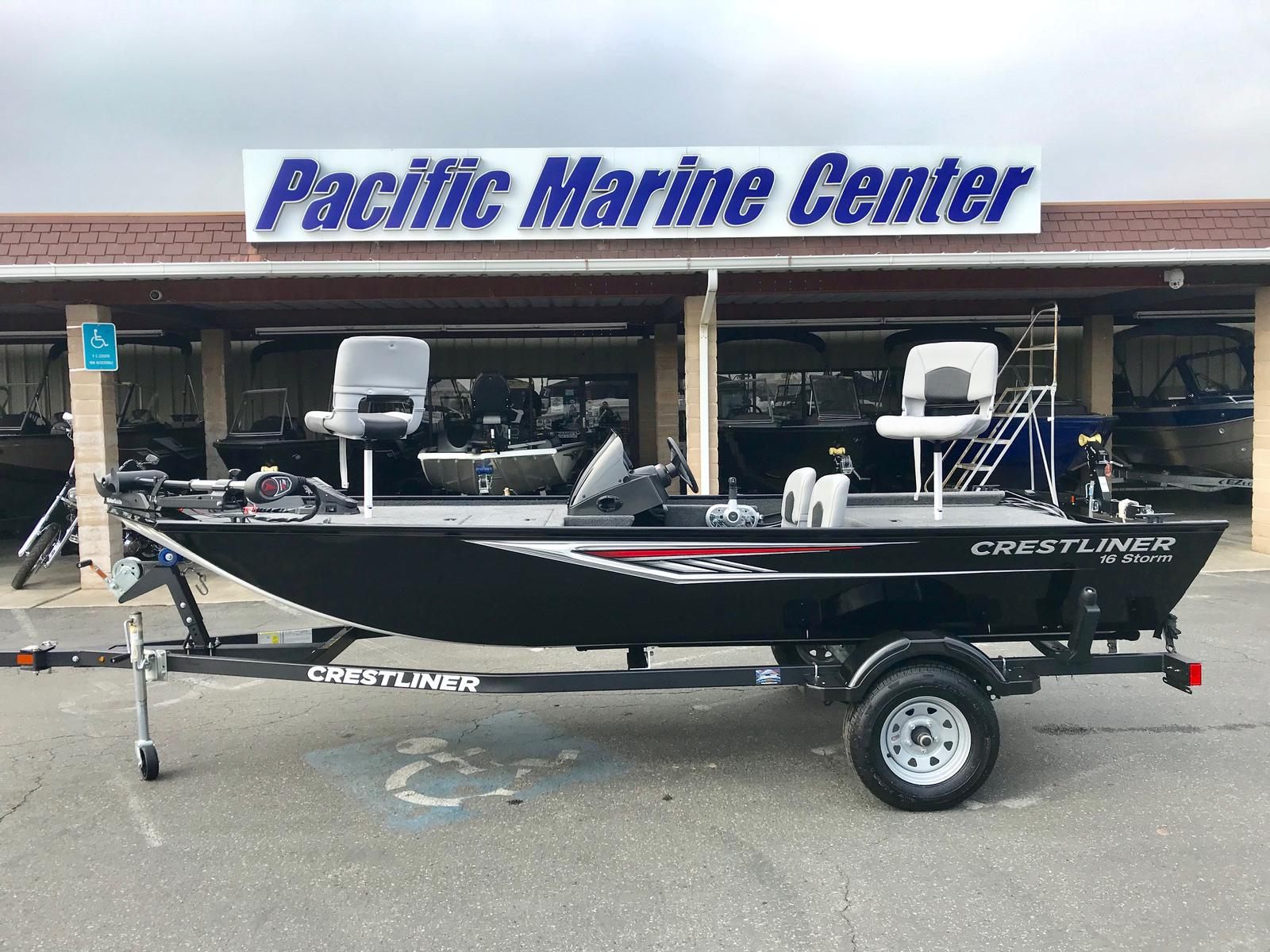 Crestliner 1600 Storm -with a Mercury 40 hp