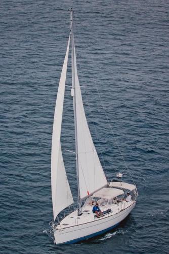 Wauquiez Centurion 40s 2005 Wauquiez Centurion 40S Sailing
