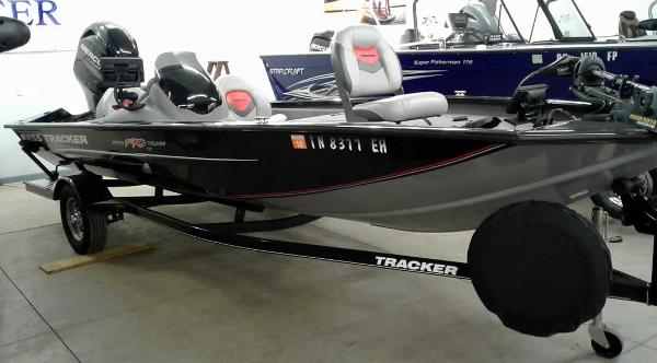 Bass Tracker Pro Team 190TX