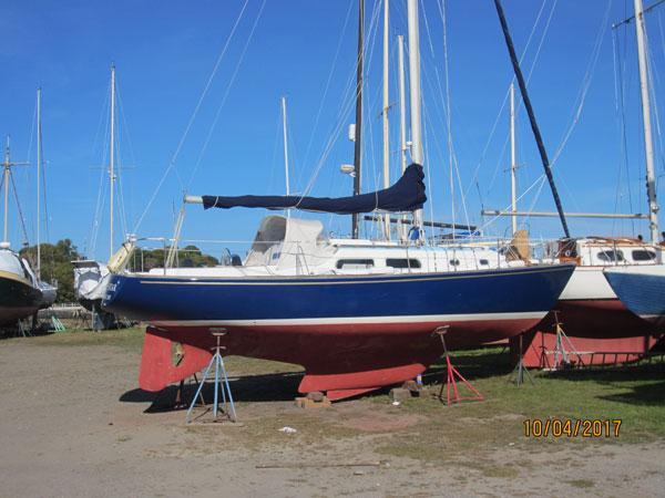 Pearson 33' sail