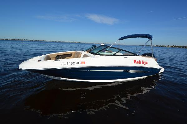 Sea Ray 220 SDX-OB