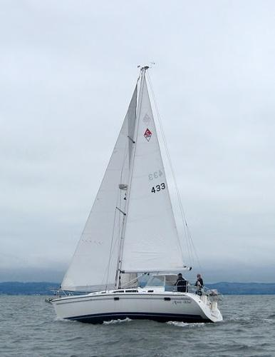 Catalina 350 MkII Mystic Wind