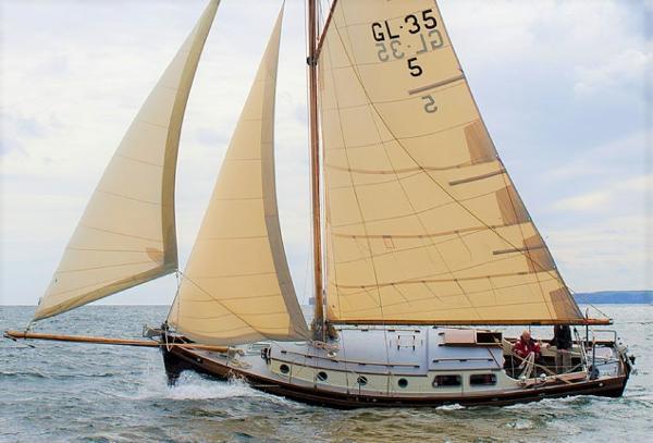 Heard 35 Falmouth Quay Punt