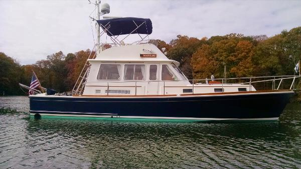 Eastbay 43 FLYBRIDGE
