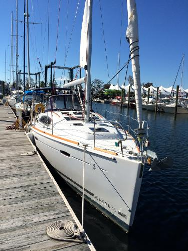 Nice Example for $100K less than a new Beneteau 41.