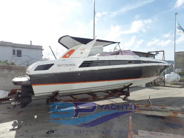 Custom Off Course Adrenalin 38' Off Shore SAM_0355