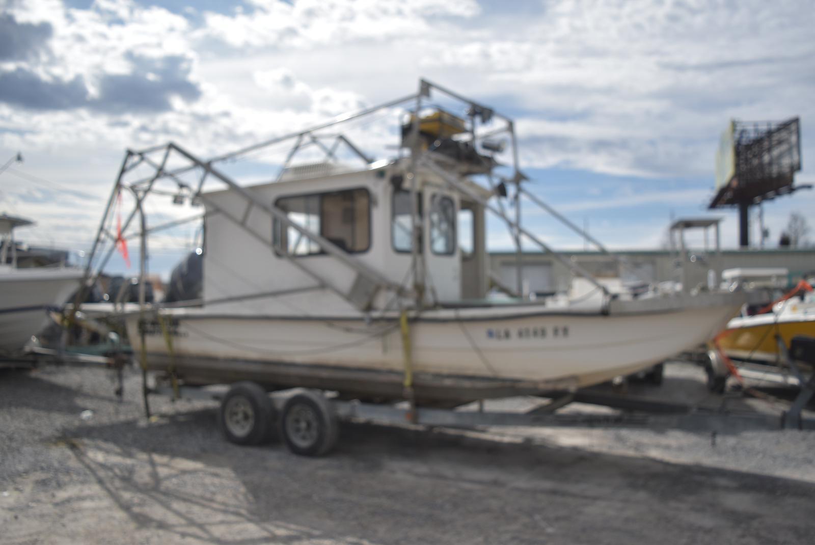 Carolina Skiff 24 Cabin shrimp Skiff