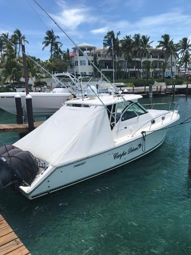 Pursuit OS 375 Offshore starb side profile