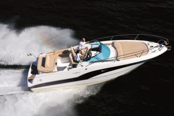 Rio Yachts 32
