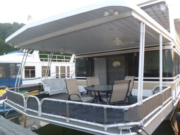 Lakeview Yachts 18 x 88 houseboat