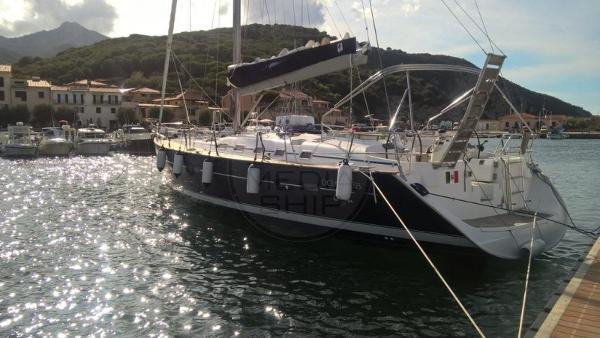 Beneteau Oceanis 523 BENETEAU - OCEANIS 523 - exteriors