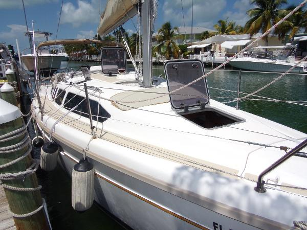 Hunter 336 No Hurricane Damage Hunter 336