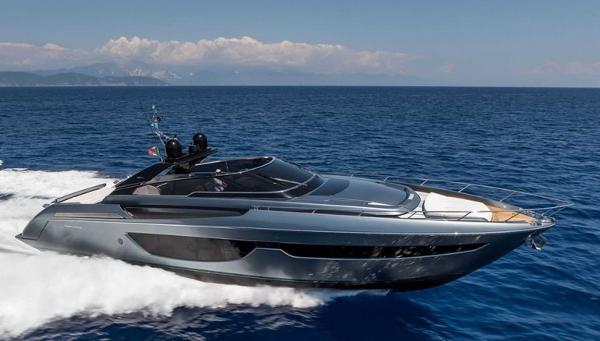 Riva 76' Bahamas Manufacturer Provided Image