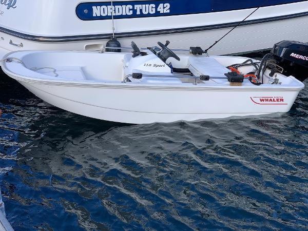Boston Whaler 110 Sport