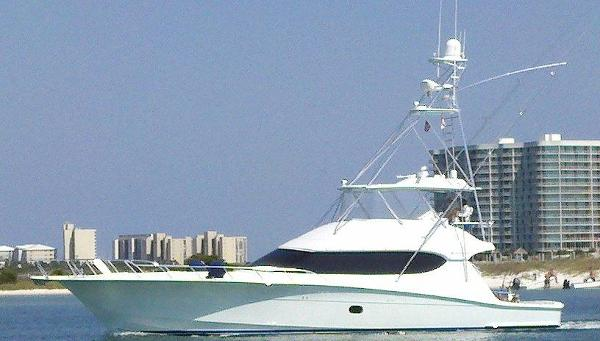 Hatteras 68GT Profile Port View