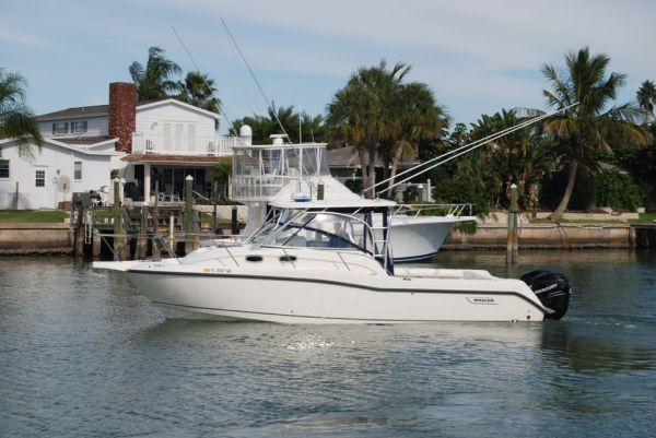 Boston Whaler 305 Conquest SISTERSHIP