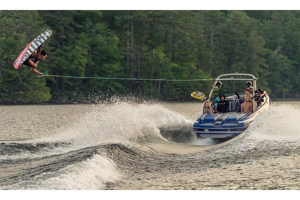 Malibu Wakesetter 21 VLX Manufacturer Provided Image