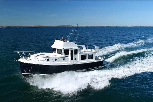 American Tug 395 395 American Tug