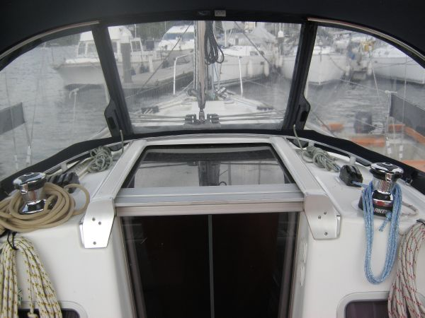 Beneteau Oceanis 31 - Coach roof winches