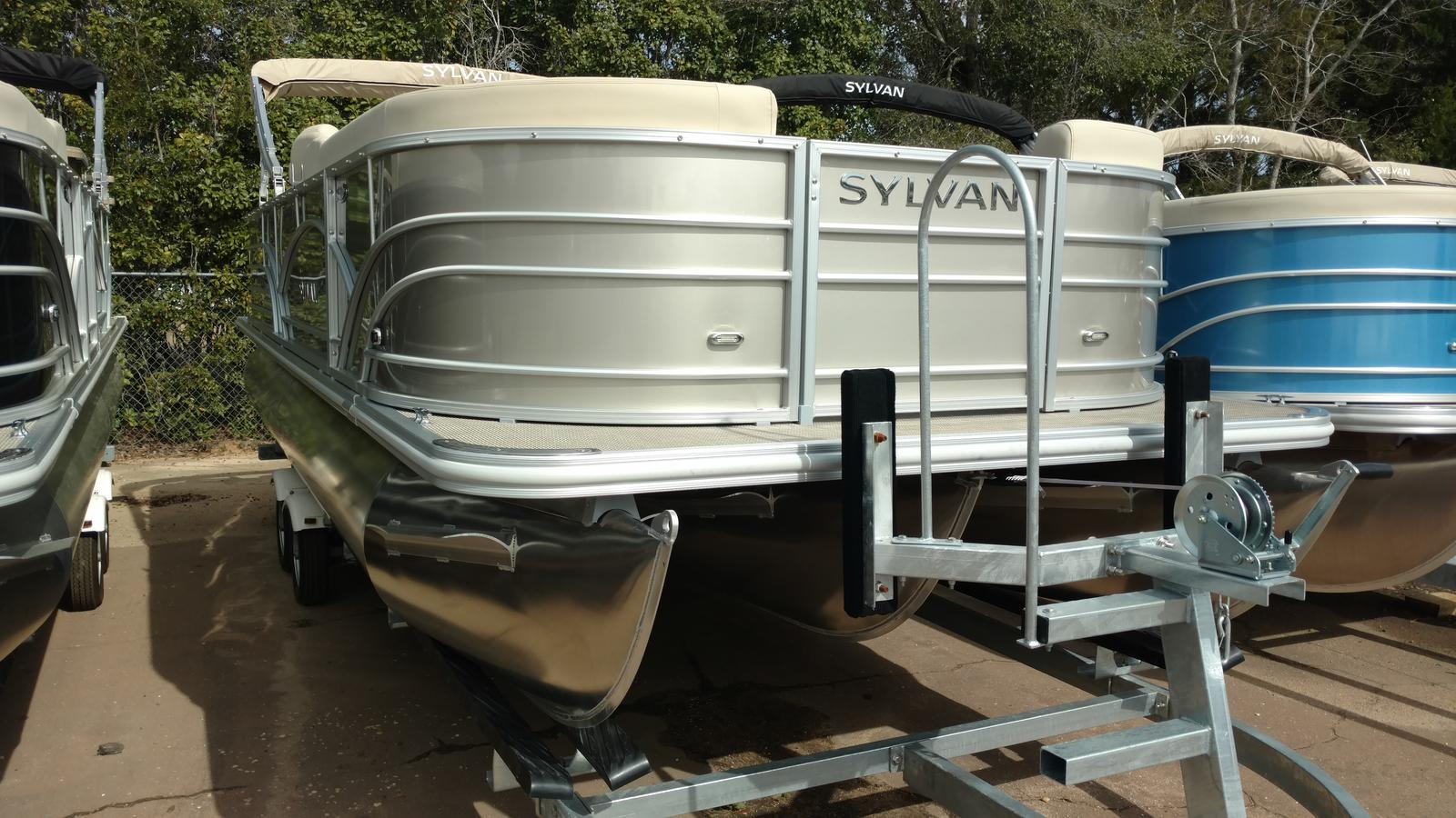 Sylvan mirage fish 8522 party fish boats for sale for Syvlan