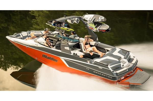 Malibu Wakesetter 24 MXZ Manufacturer Provided Image