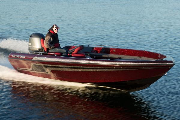 Skeeter WX 2000T