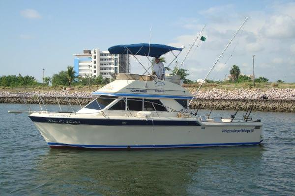 Chris-Craft Commander 315