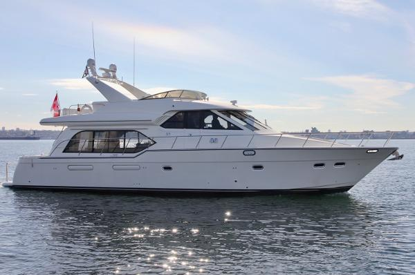 Bayliner 5788 Pilothouse Motoryacht Grantham's Landing