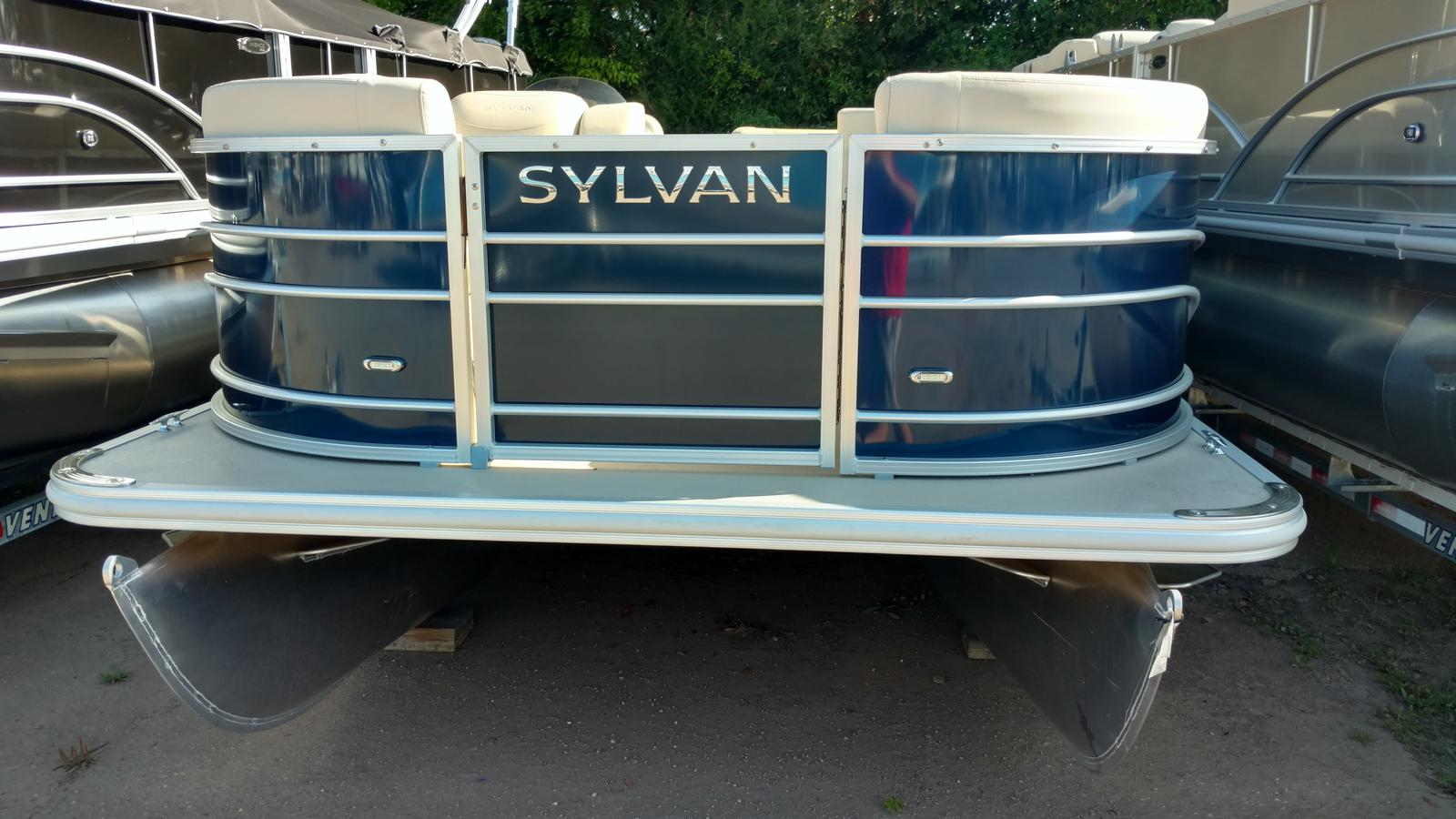 Sylvan 8520 mirage cruise boats for sale for Syvlan