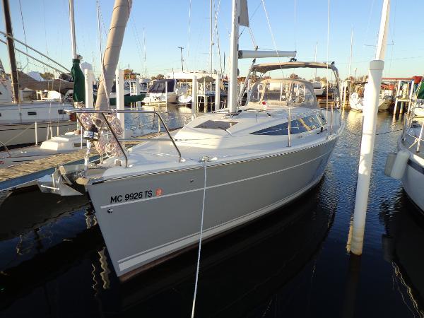 Marlow Hunter 31 Dockside