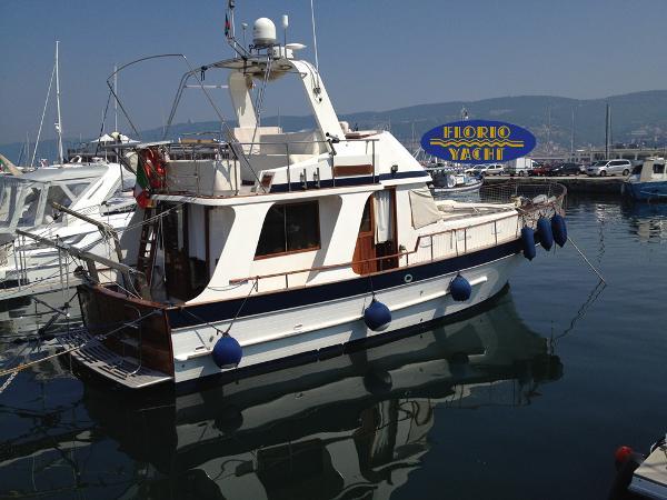 Chung HWA Boat Hercules 115 Sedan