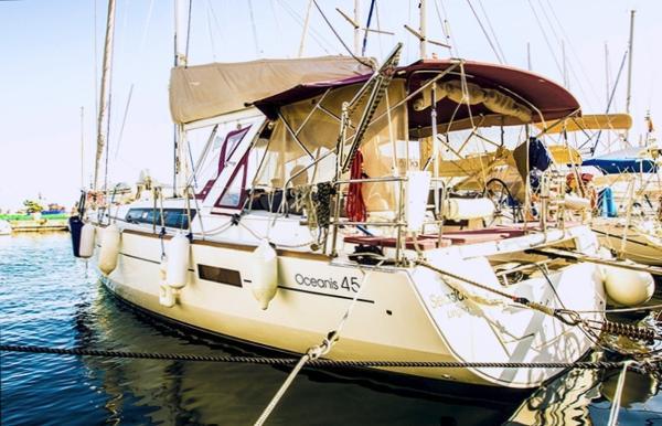 Beneteau Oceanis 45 Beneteau Oceanis 45 - h2o Yachting