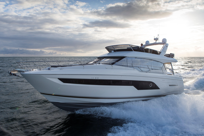 Prestige 630 Yacht Prestige 630 Yacht