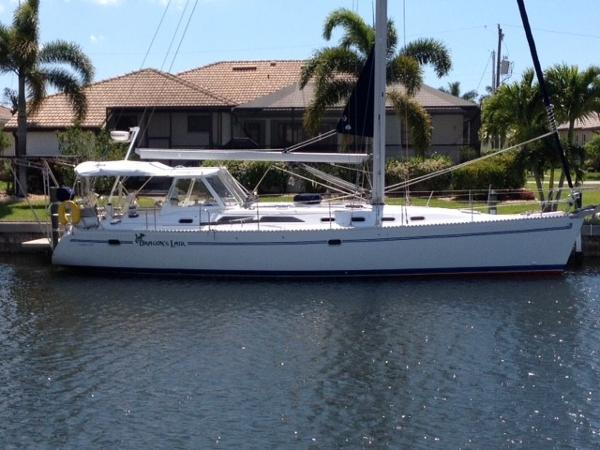 Catalina 470 Dragons Lair at her home dock