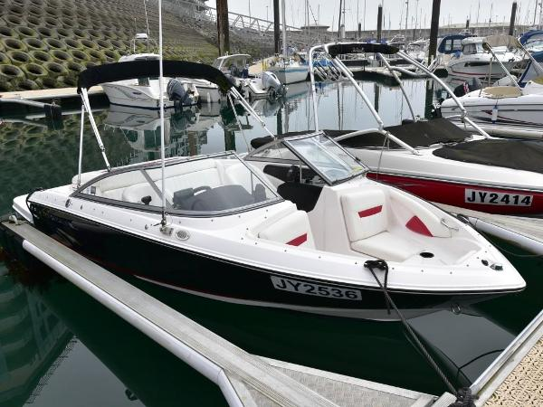 Regal 1900 Bowrider Regal 1900 Bowrider
