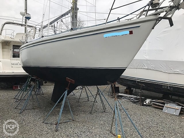 Catalina C-30 with Westerbeke 26 HP 1982 Catalina C-30 with Westerbeke 26 HP for sale in Essex, CT