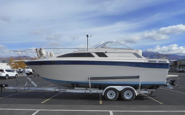 Bayliner Ciera 2750 Sunbridge