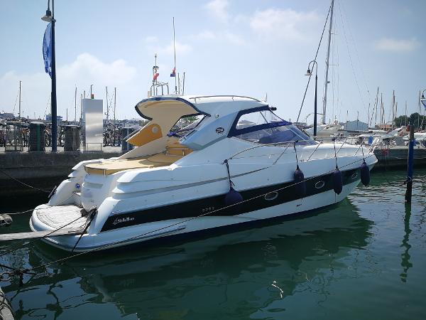 Sessa Marine C42 T-Top