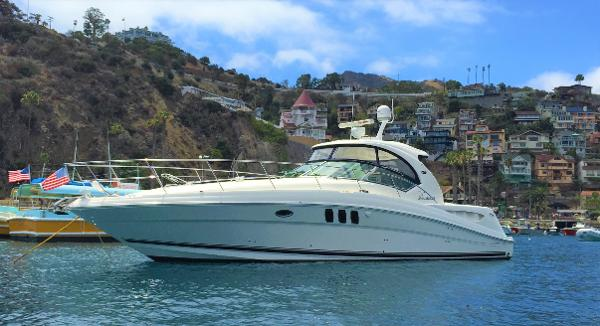 Sea Ray 40 Sundancer Avalon Mooring Available