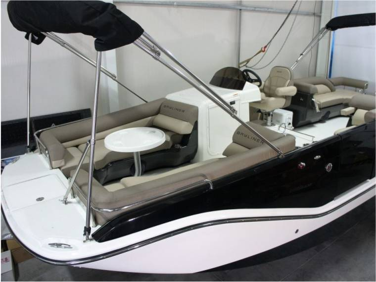 Bayliner Bayliner XR7 Element