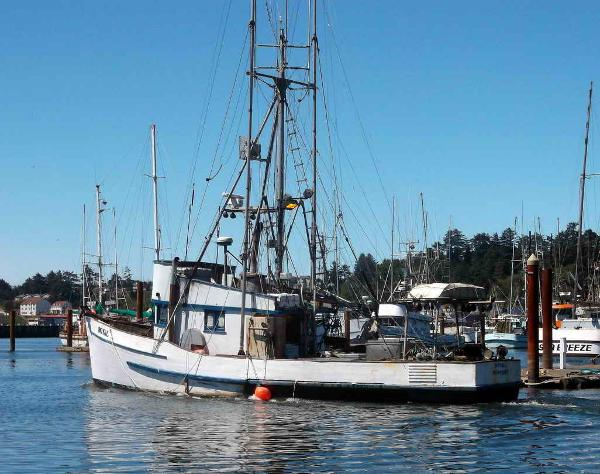 Commercial Fishing Boat - Crab Tuna Troller