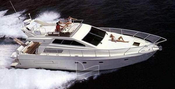 Ferretti Yachts 48 100648_0_070320091646_0