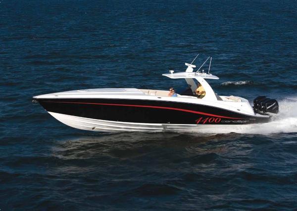 Concept 4400 Sport Yacht Port Profile 1