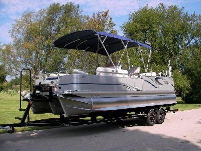 Angler Qwest 824 Catfish Edition