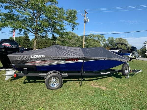 Lowe Stinger 188 Dual Console