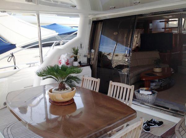 Aft Cockpit Dining