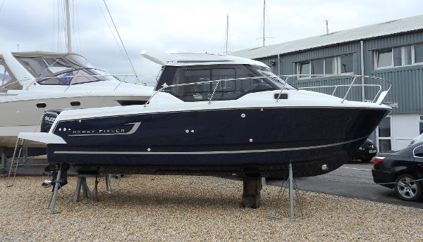 Jeanneau Merry Fisher 795 Legend - IN STOCK NOW Merry Fisher 795 Legend